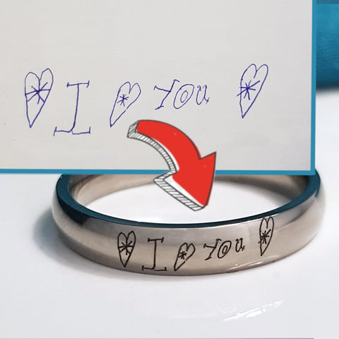 products/titanium_ring_personalised_with_handwriting3.jpg
