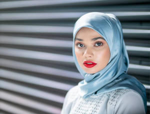 Halal Lipsticks and the Secrets to Rocking Red