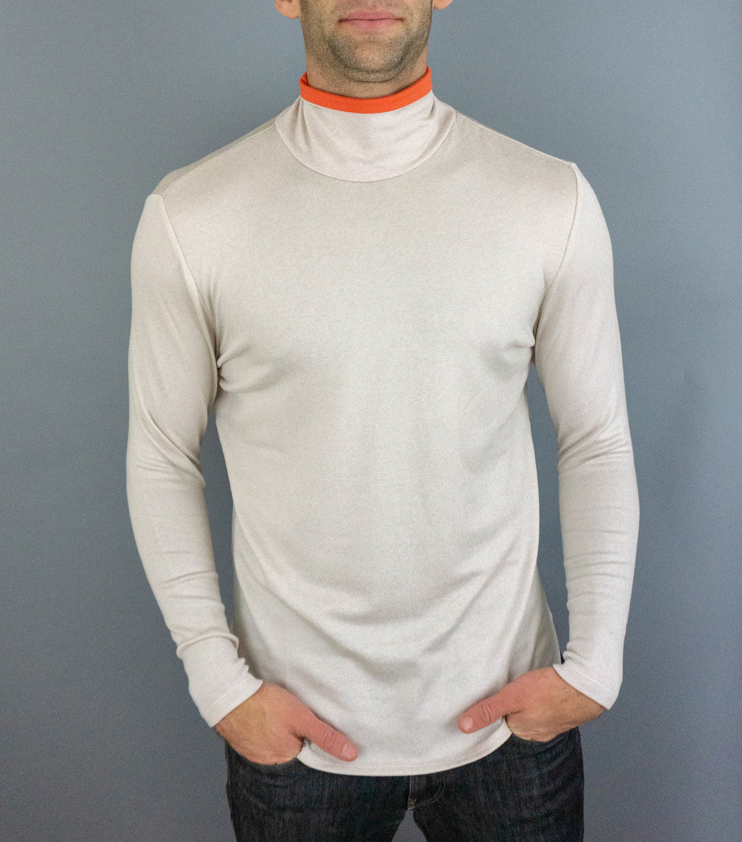 The Turtle Puppy - Mens Turtleneck - Oyster/Orange