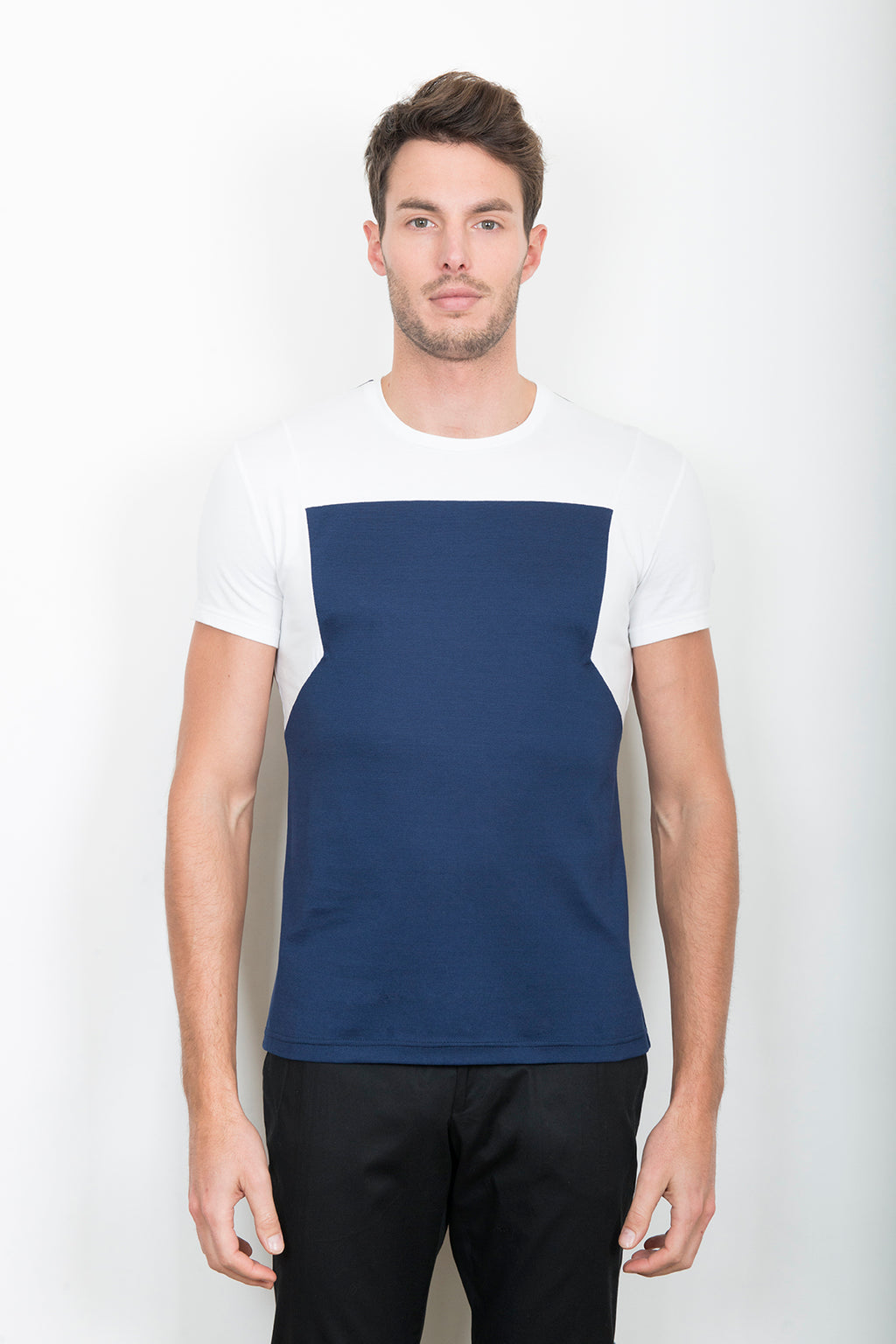Sébastien Blondin haut top tee-shirt workwear tablier apron marine navy blanc white piqué sport sportswear chic été summer coton cotton maille knitwear créateur designer nouveau new basique basic mode fashion homme man men men's world