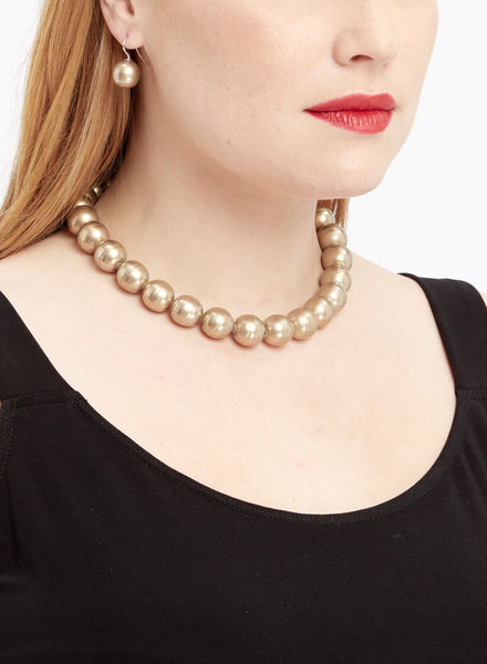 J010 Gold Round Pearl Set