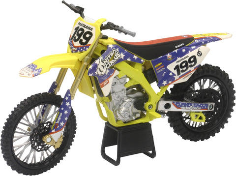 REPLICA 1:12 RACE BIKE SUZUKI RMZ450 YELLOW(PASTRANA) New-Ray Toys 57993