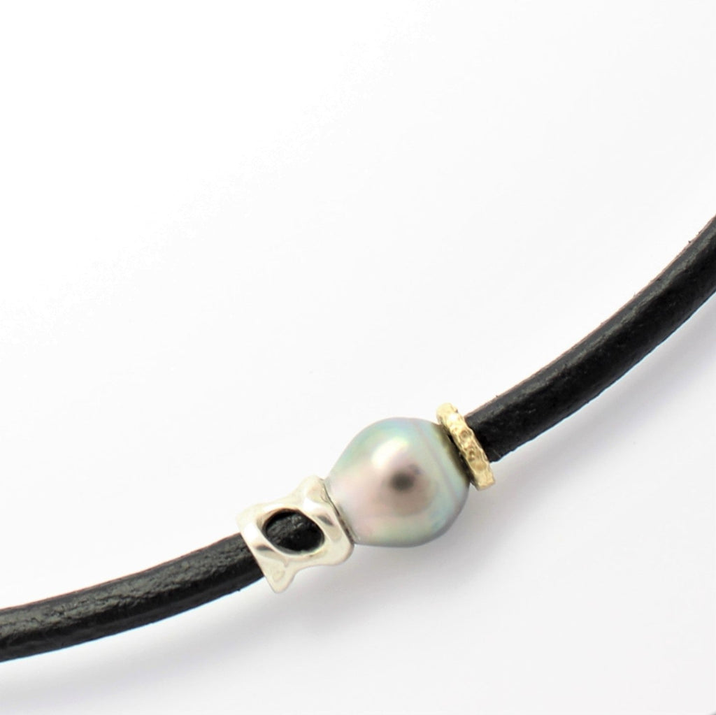 Abrolhos Pearl and Leather Necklet with Gold and Silver Coral Decoration