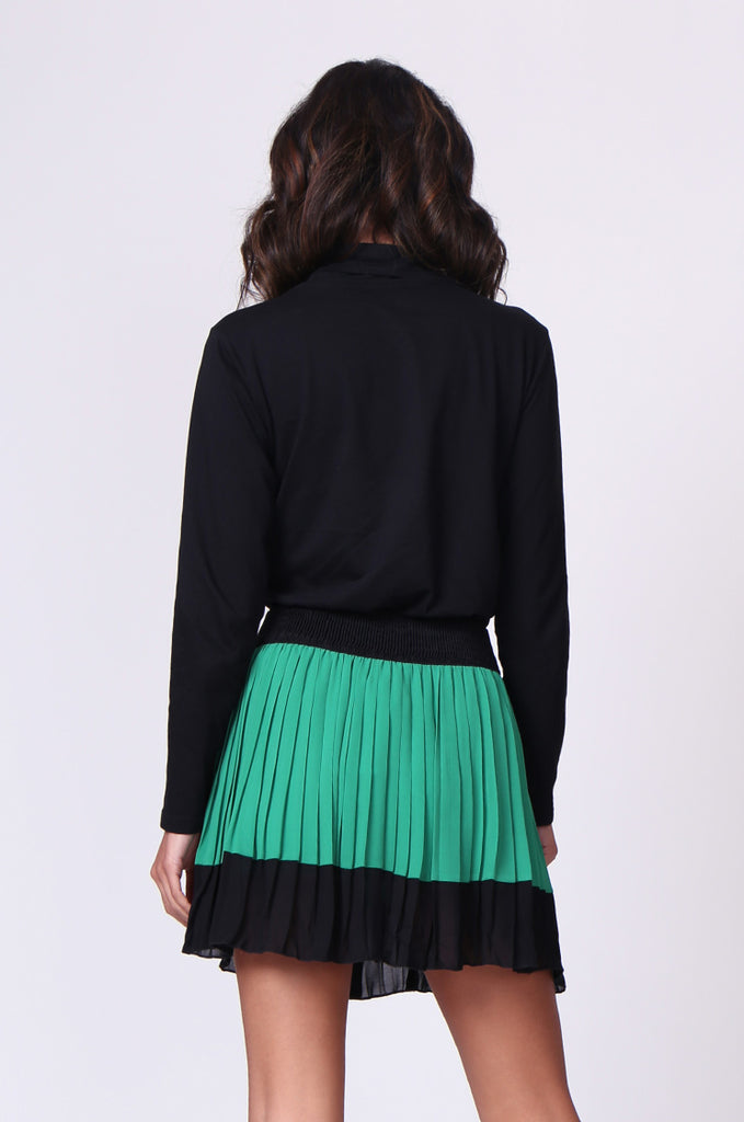 SP0131-GREEN CONTRAST PLEATED MINI SKIRT view 3
