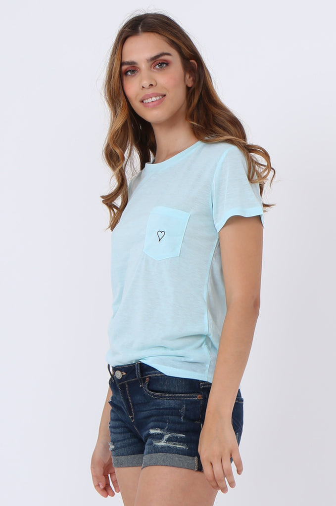 SJ1400-BLUE HEART EMBROIDED POCKET T-SHIRT view 2