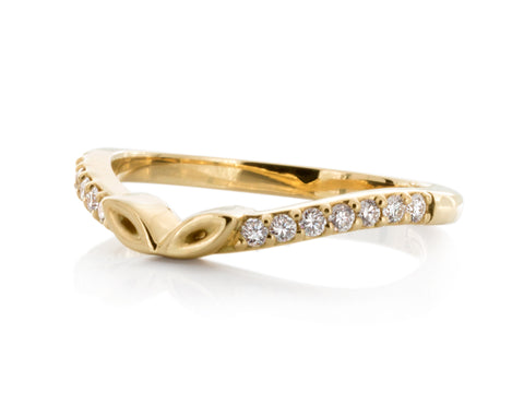 Solstice Three Diamond Wedding Band