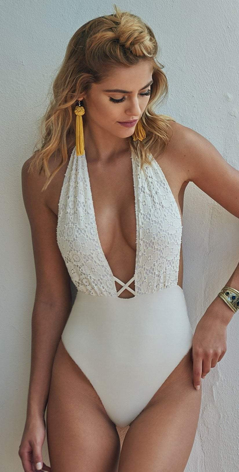 Montce Palmilla Blanco Backless One Piece  lifestyle