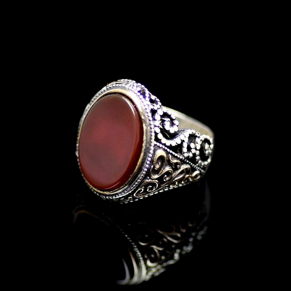 Attractive Silver Ring Adorned With Agate Stone Right