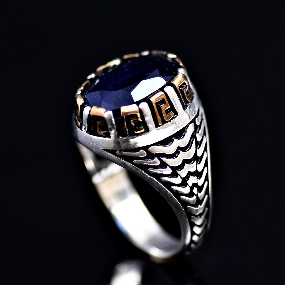Elegant 925 Sterling Silver Ring Adorned With Lab Created Sapphire