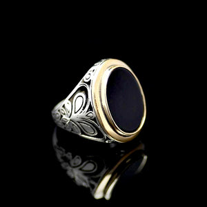 Gracious Sterling Silver Ring Adorned With Black Onyx Stone Left