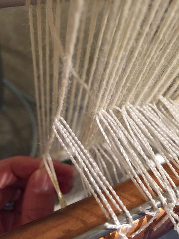 heddles on the wrong warp thread