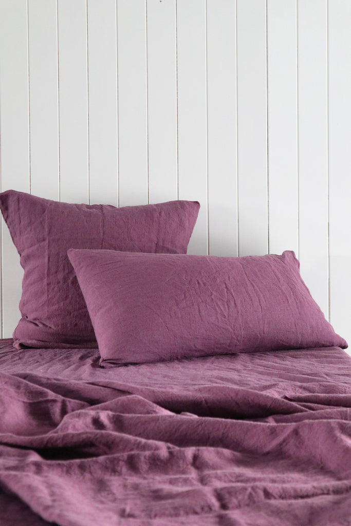 Linen Quilt Cover in Aubergine
