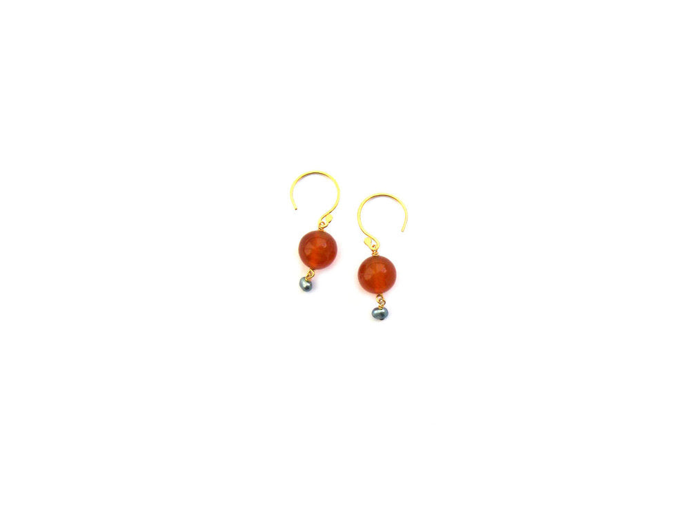 Katherine Bree Pebble earrings, fresco