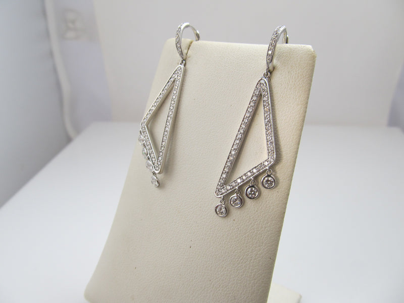 18k White Gold Earrings With 2cts In Diamonds