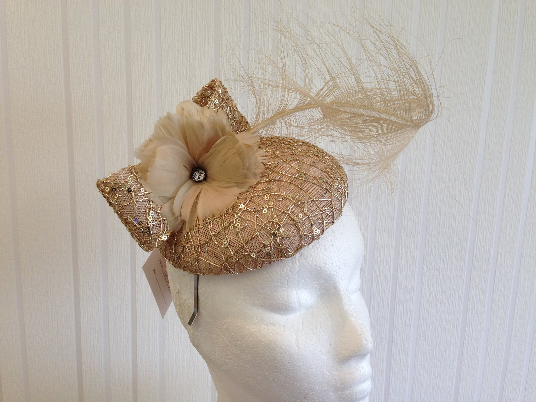 Fascinator Made by Victoria Collection london