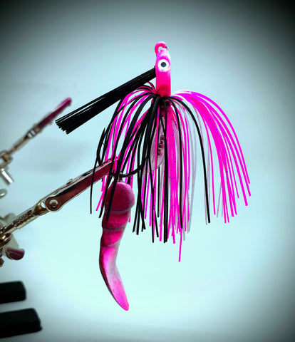 Smashed Head  Waggerbait™ swim jig - Pink / White