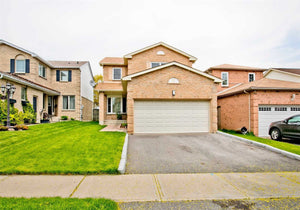 17 Lipton Cres&sbquo; Whitby&sbquo; Ontario L1R 1W6 <br>MLS® Number: E4488014<br>For Sale: $709&sbquo;900<br>Bedrooms: 4
