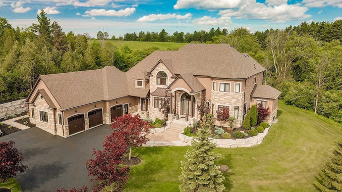 33 Petaluma Crt' Whitby' Ontario L0B1A0 <br>MLS® Number: E4515950<br>For Sale: $2'997'000<br>Bedrooms: 5