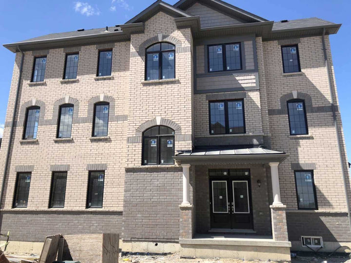 210 William Forster Rd' Markham' Ontario L6B0R1 <br>MLS® Number: N4462866<br>For Sale: $970'000<br>Bedrooms: 3