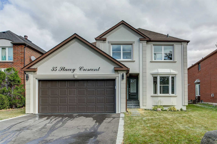 35 Stacey Cres' Markham' Ontario L3T6Z5 <br>MLS® Number: N4481521<br>For Sale: $1'699'000<br>Bedrooms: 4