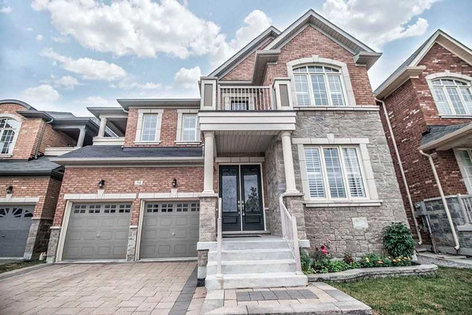 54 Greenspire Ave' Markham' Ontario L6E0S4 <br>MLS® Number: N4516022<br>For Sale: $1'388'800<br>Bedrooms: 4