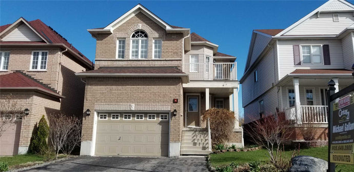 4 Brownridge Pl' Whitby' Ontario L1P1W4 <br>MLS® Number: E4503290<br>For Sale: $692'900<br>Bedrooms: 3