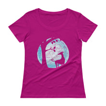 By the light of the moon Ladies' Scoopneck T-Shirt