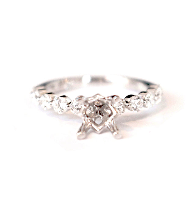 Diamondaire Scalloped Diamond Engagement Ring in 14kt White Gold