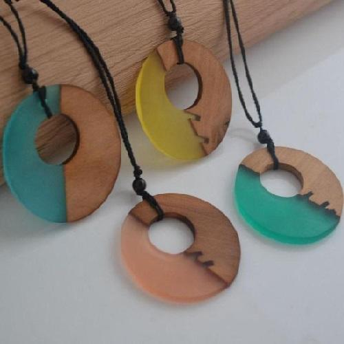 Trendy Circle Necklace Collection