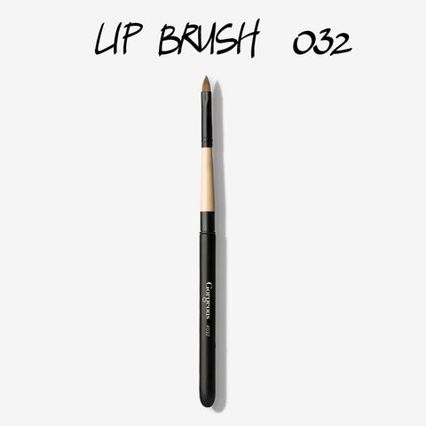 BRUSH 032 - LIP PULL APART
