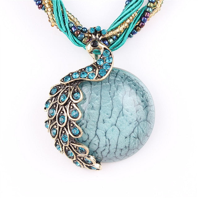 Blue natural crystal stone pendant