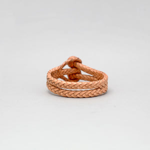 DOUBLE CLOSURE SLIT FISHBONED LEATHER BRACELET IN NATURAL