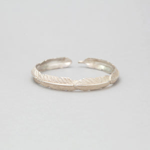 SILVER PLATED FEATHER BANGLE