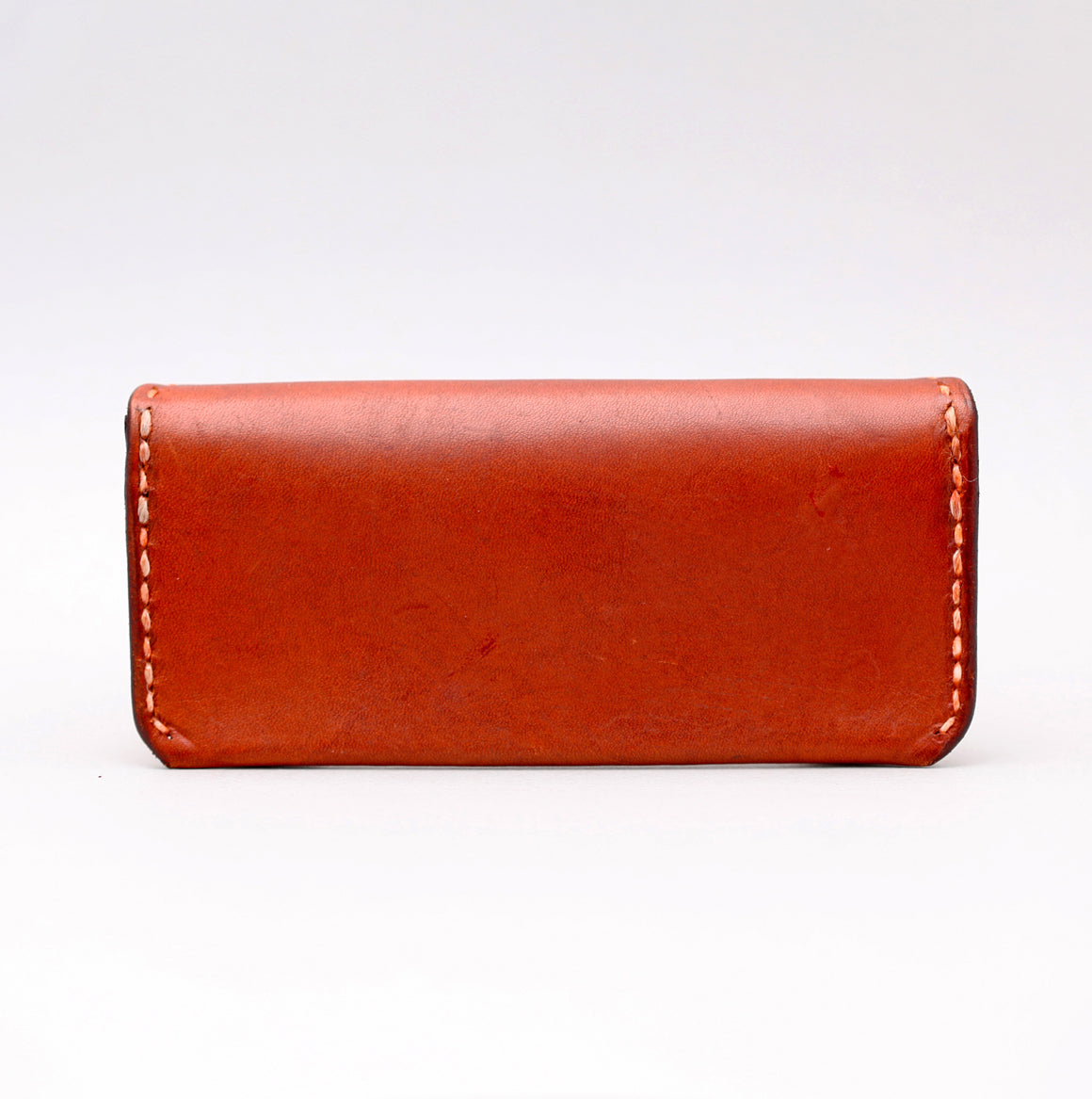 RECTANGULAR SUNGLASSES CASE IN LIGHT BROWN LEATHER W TOP STITCH DETAILS