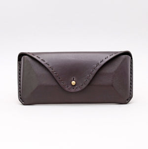 RECTANGULAR SUNGLASSES CASE IN BLACK LEATHER W TOP STITCH DETAILS