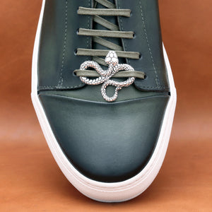 SILVER PLATED SNAKE SHOELACE CAP