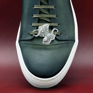 SILVER PLATED STINGRAY SHOELACE CAP
