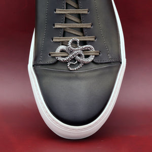 SILVER PLATED TENTACLES SHOELACE CAP