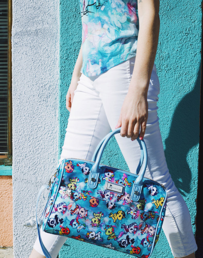 Watercolor Paradise Bowler Bag with model