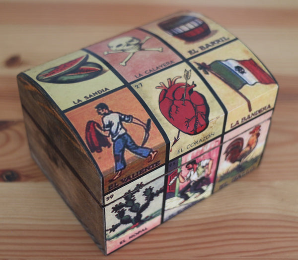 Handmade Mexican wooden trinket box perfect for jewellery and treasures