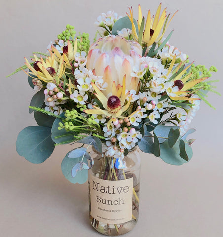 Sydney flower delivery by Native Bunch to Sydney Northern Beaches, North Shore and Inner West Proteas, Banksias & more!