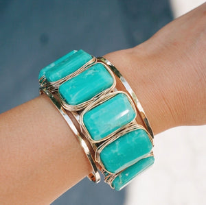 Rock Star 6-Stone Nest Cuff