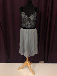 Alfred Angelo Size 12 Gray Lace Belt Formal Dress