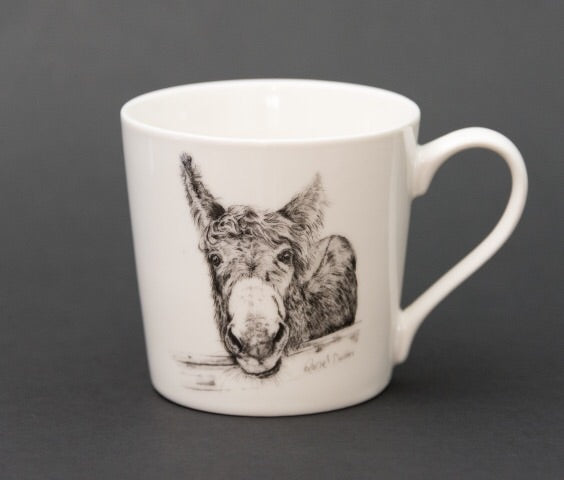M'asal Beag Dubh | 10 Ounce Fine Bone China Mug
