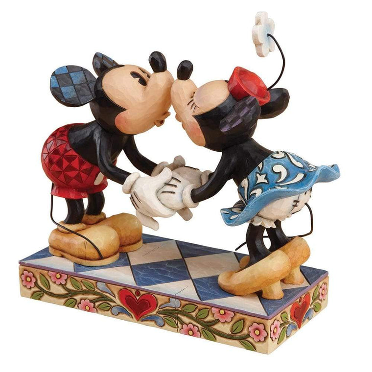 Disney Traditions by Jim Shore Smooch For My Sweetie - Mickey & Minnie - UK & Eire Website Exclusive