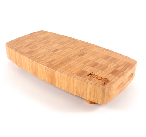 THE MEDIUM BAMBOO CHOPPING BLOCK WITH FEET BY KOOQ (12