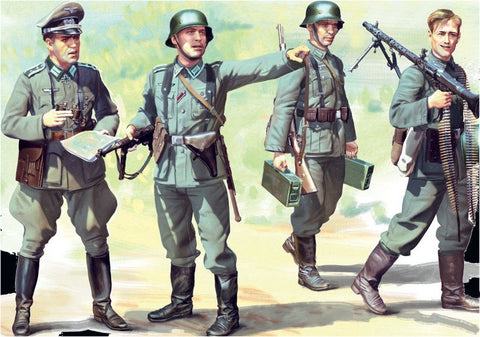 ICM Military 1/35 WWII German Infantry (4) w/Weapons & Equipment 1939-41 (New Tool) Kit