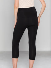 Postpartum Tummy Tight Control Capri Built-In Shaping 3/4 Legging