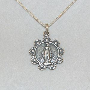 Mary Medal with circle of Daisy wreath