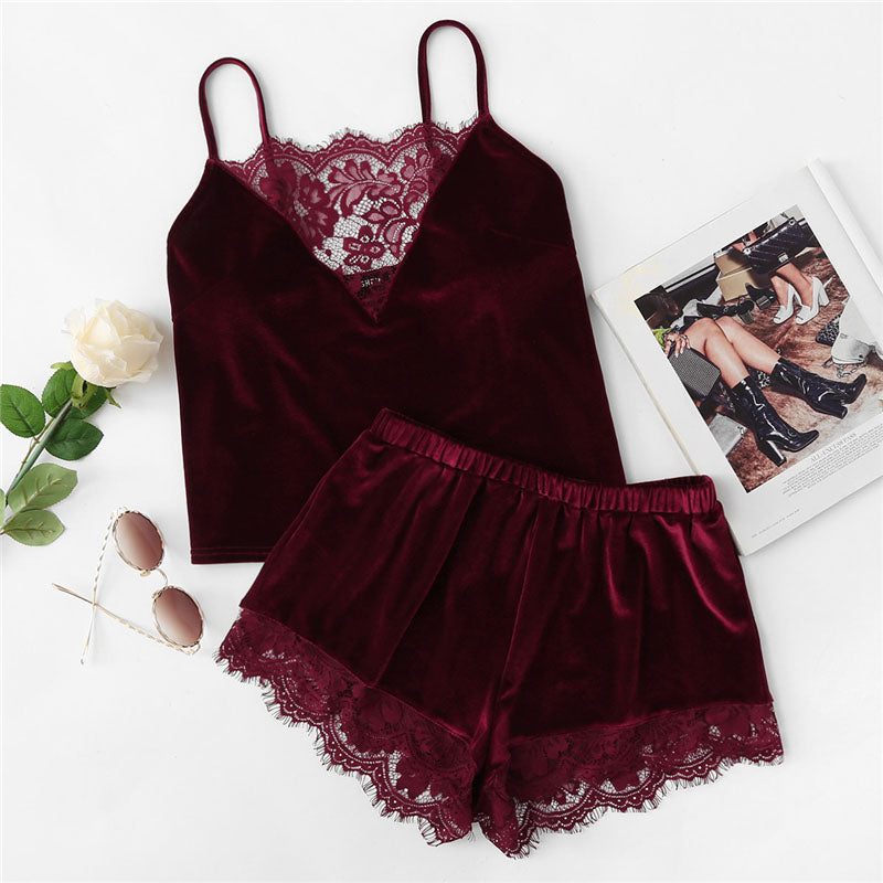 Sexy Lace Trim Velvet Cami and Shorts Women Pajama Sets - Burgundy - XS to L
